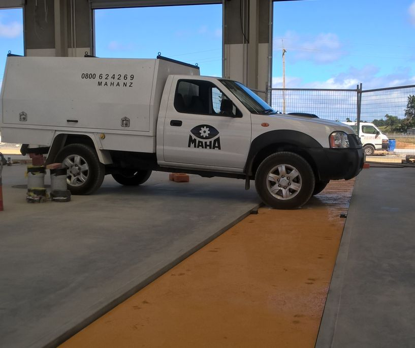 NZ workshop pit cover and lift