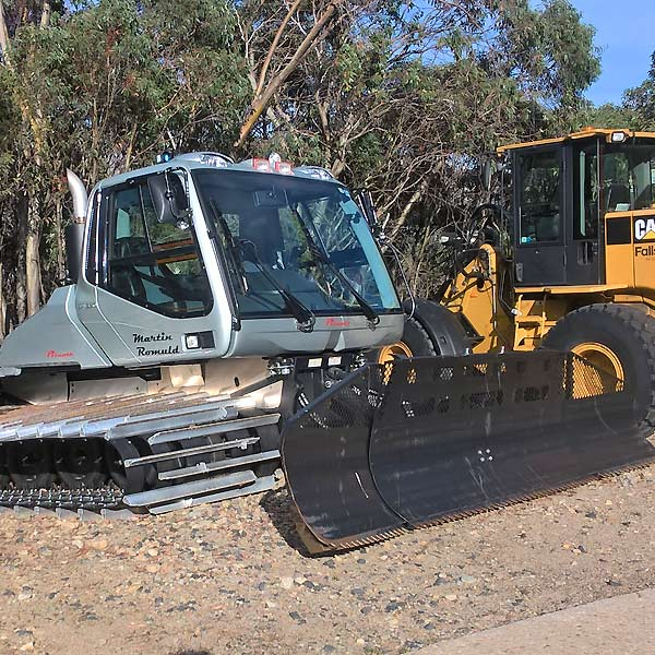 Grader Maintenance over Workshop Pit