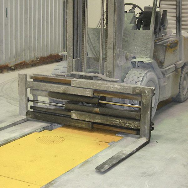 Forklift maintenance workshop pit
